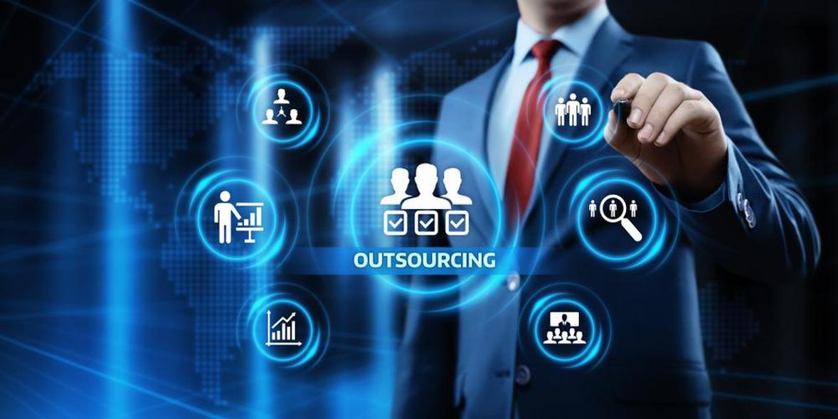 five best reasons for outsourcing web development